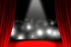 Atrás da cortina quando o público esperar Fotografia de Stock Royalty Free