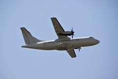 ATR-42 - Avião de carga do ar Foto de Stock