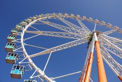 Atracción de la rueda grande Imagenes de archivo