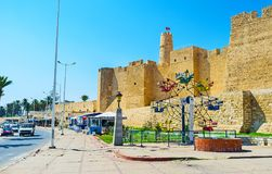Atracciones en la fortaleza de Ribat, Monastir Foto de archivo libre de regalías