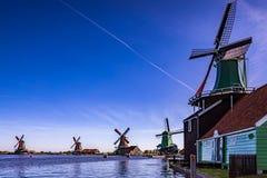 Atracciones turísticas muy populares de Zaanse Schans en Holanda Fotos de archivo libres de regalías