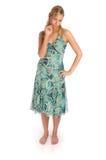 Atractive blonde Frau in Blau gekopiertem Kleid Lizenzfreies Stockbild