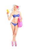Atractive blonde Frau im Badeanzug Stockfotografie