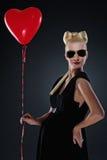 atrakcyjna balonowa ciężarna czerwona kobieta Obraz Royalty Free