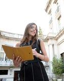 Bizneswoman z falcówką. Zdjęcie Royalty Free