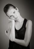 Atrakcyjna caucasian kobieta w jej 30 odizolowywającym na a Zdjęcia Royalty Free