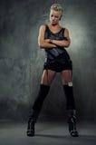 atrakcyjna dziewczyny obrazka ruch punków kontrpara Zdjęcie Royalty Free