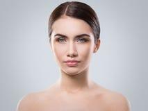 Atrakcyjna kobieta z piękną twarzą Zdjęcia Royalty Free