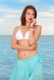 Atrakcyjna młoda brunetka Fotografia Royalty Free