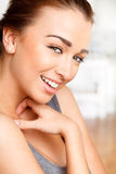 Atrakcyjna młoda kobieta Close-up portret Fotografia Stock