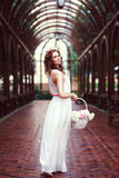 Atrakcyjna piękna kobieta w grka stylu Zdjęcia Stock
