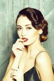 Atrakcyjna retro kobieta fotografia royalty free