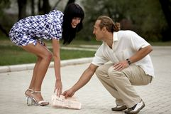 atrakcyjnego pary spotkania parkowy uśmiechnięty lato Fotografia Stock