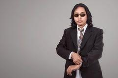 Atrakcyjny azjatykci biznesmen z szkłami Fotografia Royalty Free