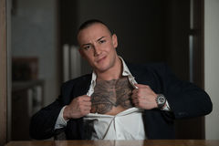 Atrakcyjny Biznesowego mężczyzna Rozdzierać kostium fotografia royalty free