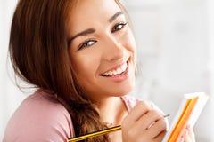 Atrakcyjny młody uczeń Close-up portret Zdjęcie Stock