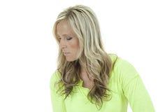 Atrakcyjny model w zielony odgórny patrzeć w dół myśleć Fotografia Stock