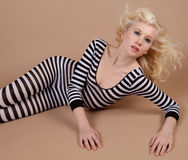 Atrakcyjny Nastoletni w Bodysuit zdjęcie royalty free