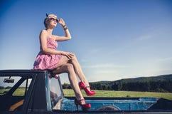 atrakcyjny target1747_0_ dziewczyny obrazy stock