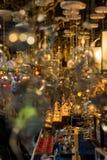Atrativo e crafted belamente os móbeis metálicos vendidos no mercado exterior fotos de stock royalty free