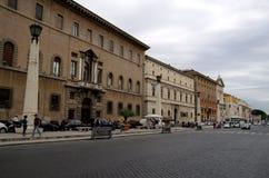 Através da avenida de Conciliazione do della no Vaticano Imagens de Stock