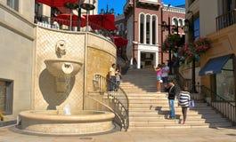 Através do rodeio na movimentação do rodeio, Beverly Hills Imagem de Stock Royalty Free