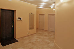 Atrio di interior design in un appartamento di studio Immagini Stock