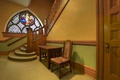 Atrio in vecchia chiesa storica fotografie stock libere da diritti