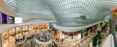 Atrium op het Winkelende Centrum van Chadstone in Melbourne, Australië stock foto's