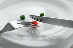 Att äta bantar mellanmålet royaltyfria bilder