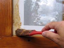Att att måla fönsterramen Royaltyfri Fotografi