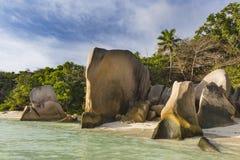 Att bedöva granit vaggar, La Digue, Seychellerna Fotografering för Bildbyråer