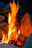 att bränna close aktiverar upp Arkivfoto