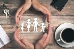Att bry sig f?r din familj arkivbilder
