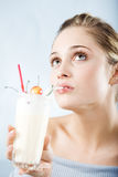 att dricka för coctail mjölkar Arkivbild