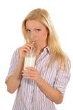 att dricka mjölkar Arkivbild