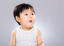 Att förvåna behandla som ett barn pojken Royaltyfri Bild