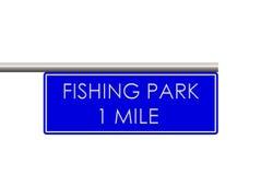 Att fiska parkerar etiketten på vägen Royaltyfri Fotografi