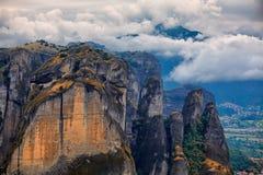 Att förbluffa landskap på Meteora Fotografering för Bildbyråer