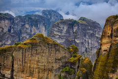 Att förbluffa landskap på Meteora Arkivfoto