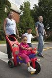 att gå för familj går Royaltyfri Fotografi