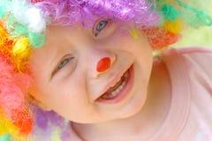 Att gråta behandla som ett barn clownen Royaltyfri Bild