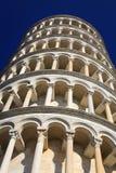 Att luta står hög av Pisa arkivbild