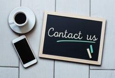 Att säga för svart tavla- eller svart tavlabegrepp - kontakta oss Arkivfoto