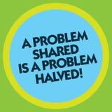 Att skriva anmärkningen som visar ett problem Shared, är ett halverat problem Affärsfotoet som ställer ut kommunikation, gör sake stock illustrationer