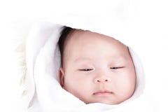 Att sova behandla som ett barn Arkivfoto