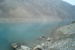 Attaabad il lago blu Immagini Stock Libere da Diritti