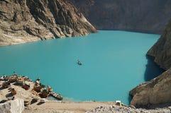 Attabad See in Nord-Pakistan stockbilder