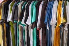 Attaccatura dei vestiti Fotografia Stock Libera da Diritti