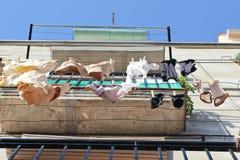 Attaccatura della lavanderia del balcone Fotografie Stock Libere da Diritti